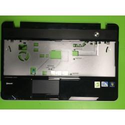 Apatinės dalies viršus Fujitsu Lifebook AH531