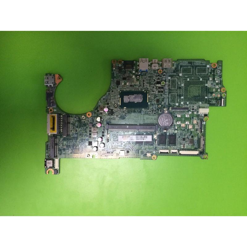 Pagrindinė plokštė su procesoriumi